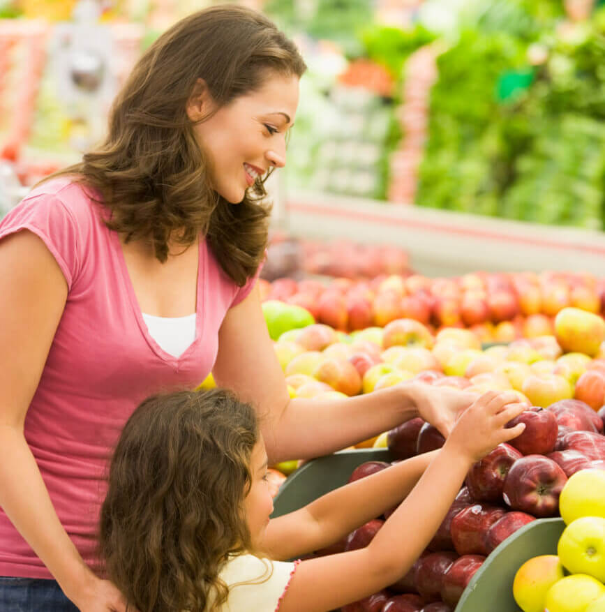 Lake Vista SuperValu | Mother and Daughter Shopping